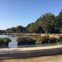 10/8/2015 tarihinde Lisa H.ziyaretçi tarafından Ueno Park'de çekilen fotoğraf