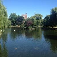 Foto tomada en Jardín Público de Boston por Justin K. el 8/15/2013