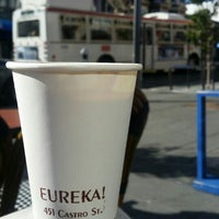 Foto tomada en Eureka! Cafe at 451 Castro Street por Makinder C. el 10/5/2015