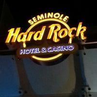 Foto diambil di Seminole Hard Rock Hotel & Casino oleh Dyno pada 5/2/2013