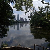 7/17/2013にVeronica B.がLady Bird Lake Trailで撮った写真