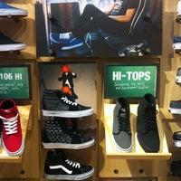 Vans - Uptown-Galleria - 0 tips