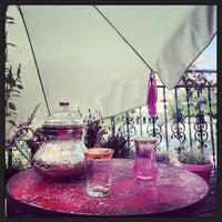 Das Foto wurde bei OrientalSugaring von Marianne W. am 9/6/2013 aufgenommen