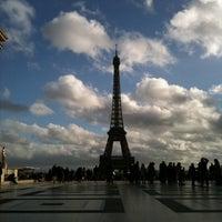 Photo prise au Place du Trocadéro par Luda le12/25/2012