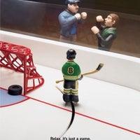 Снимок сделан в Национальный хоккейный магазин пользователем Dimaudio ® 9/10/2014
