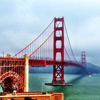 Das Foto wurde bei Golden Gate Bridge von Sarah G. am 7/29/2013 aufgenommen