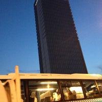 10/2/2012 tarihinde Hüdaverdi T.ziyaretçi tarafından DoubleTree by Hilton'de çekilen fotoğraf
