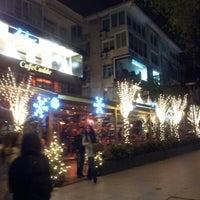 12/23/2012에 Elif S.님이 Cafe Cadde에서 찍은 사진