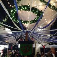 Das Foto wurde bei Christmas Village in Baltimore von Sarah J. am 12/14/2013 aufgenommen