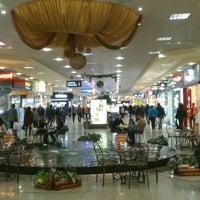 Das Foto wurde bei ТРЦ «Караван» / Karavan Mall von Andrii K. am 3/15/2013 aufgenommen