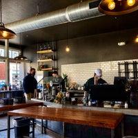 4/27/2021 tarihinde Aaronziyaretçi tarafından Devout Coffee'de çekilen fotoğraf