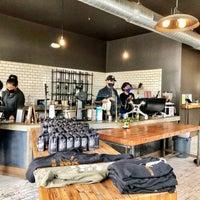 3/13/2021 tarihinde Aaronziyaretçi tarafından Devout Coffee'de çekilen fotoğraf