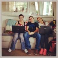 Foto scattata a SOHO Sofia Holistic Coworking Company da Luba H. il 6/14/2013