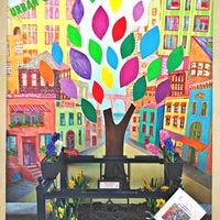 Das Foto wurde bei Urban Garden Center von Urban Garden Center am 3/2/2014 aufgenommen