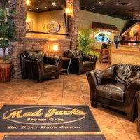 4/6/2015에 Mad Jacks Sports Cafe님이 Mad Jacks Sports Cafe에서 찍은 사진
