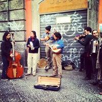 Foto scattata a Piazza San Domenico Maggiore da Alessandro S. il 3/10/2012