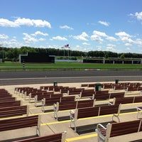 Foto scattata a Arlington International Racecourse da Shannon il 6/28/2013