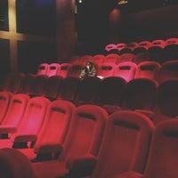 4/13/2013 tarihinde Mariaziyaretçi tarafından Pioner Cinema'de çekilen fotoğraf