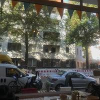 Foto diambil di Café Kanel oleh @tessa H. pada 9/19/2017