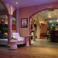 Foto scattata a Bacchus Coffee & Wine Bar da R . il 12/31/2012
