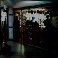 Photo prise au NOTHING STORE par Pepe V. le10/20/2012