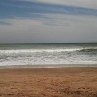 Foto tomada en Balneario Puerto Viejo (Miramar) por Carla T. el 11/23/2013