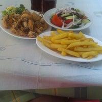 รูปภาพถ่ายที่ Ψαροταβερνα Κουκλις / Kouklis Restaurant โดย Cazimira S. เมื่อ 7/31/2013