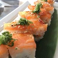 Foto tirada no(a) Keizo Teppan Sushi Bar por Grubas S. em 4/27/2015