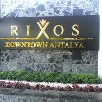 Photo prise au Rixos Downtown Antalya par Lewent S. le4/25/2013