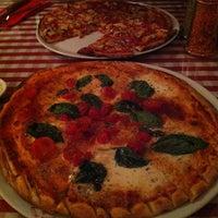 Foto scattata a Miss Pizza da Müge il 2/16/2013