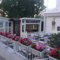 7/12/2013 tarihinde Suleyman T.ziyaretçi tarafından Nalia Karadeniz Mutfağı Bostancı'de çekilen fotoğraf