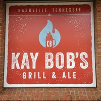 Photo prise au Kay Bob's Grill & Ale par Robyn le1/11/2013