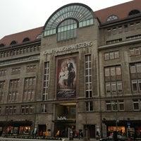 Das Foto wurde bei Kaufhaus des Westens (KaDeWe) von Markus am 12/21/2012 aufgenommen