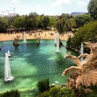 5/26/2013 tarihinde Ivankevichziyaretçi tarafından Parc de la Ciutadella'de çekilen fotoğraf