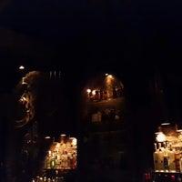 Foto scattata a Victoria Brown Bar da Pablo L. il 11/9/2014