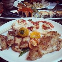 Снимок сделан в Makino sushi and seafood buffet пользователем Joel Richard E. 6/3/2013