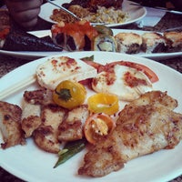 Foto tomada en Makino sushi and seafood buffet por Joel Richard E. el 6/3/2013