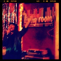 Foto tomada en The Living Room  por Rick C. el 1/3/2013