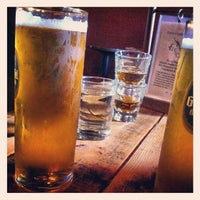 Foto scattata a Fourth Avenue Pub da Rick C. il 3/11/2013