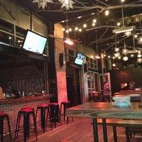 Foto tomada en Southpaw Social Club por Kristen S. el 7/11/2013