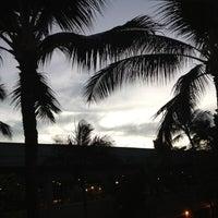 Das Foto wurde bei USO Hawaii's Airport Center von Dania Katz am 12/6/2012 aufgenommen