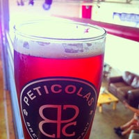 Das Foto wurde bei Peticolas Brewing Company von Yahdiel O. am 8/17/2013 aufgenommen