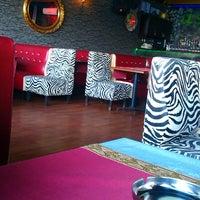 Foto scattata a Galata Ustad Cafe&Bar da Esin i. il 5/12/2013