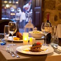 Foto diambil di Du Bastion Fine Dining Restaurant oleh Du Bastion Fine Dining Restaurant pada 4/13/2017