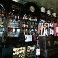 12/2/2012にAndrew D.がKilkennys Irish Pubで撮った写真