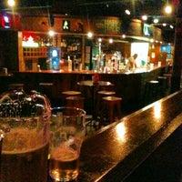 Foto tirada no(a) Kia Ora Pub por Felipe P. em 6/5/2013