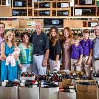 7/24/2013에 Buster's Liquors & Wines님이 Buster's Liquors & Wines에서 찍은 사진