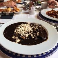 Снимок сделан в Catedral Restaurante & Bar пользователем Gerardo 6/25/2017