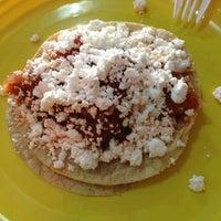 10/15/2012에 Irma님이 Tacos Gus에서 찍은 사진