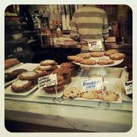 Foto diambil di Schmackary's oleh Monica pada 12/2/2012